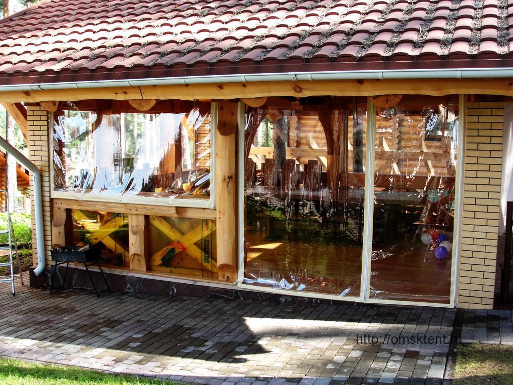 Мягкие окна для рубленой беседки