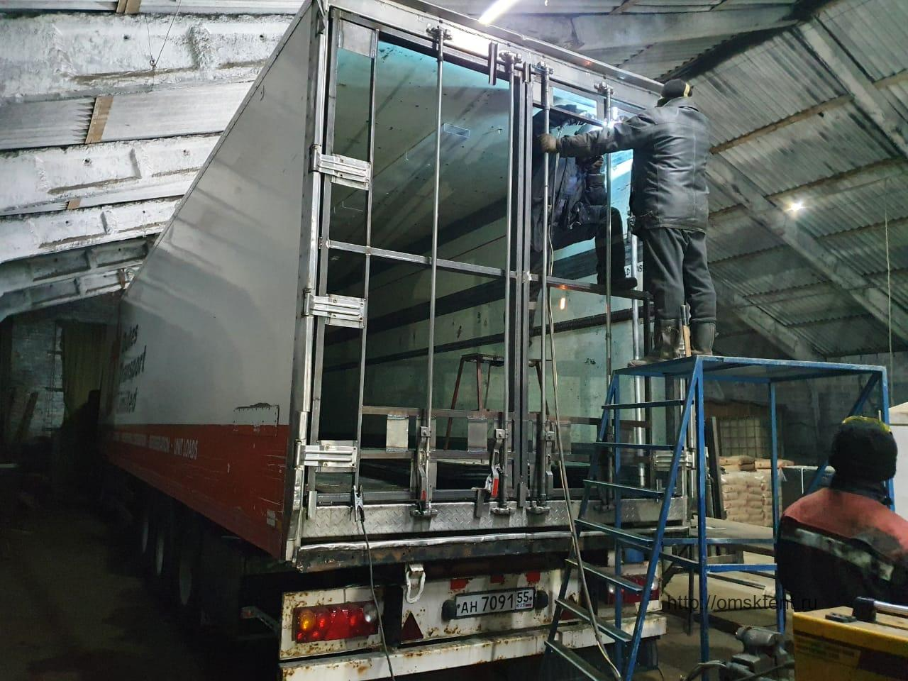 Изготовление утепленных ворот на рефрижератор Shmitz
